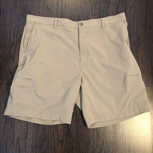 Chaps Golf Shorts Mens Size 42 Side Pockets Tan